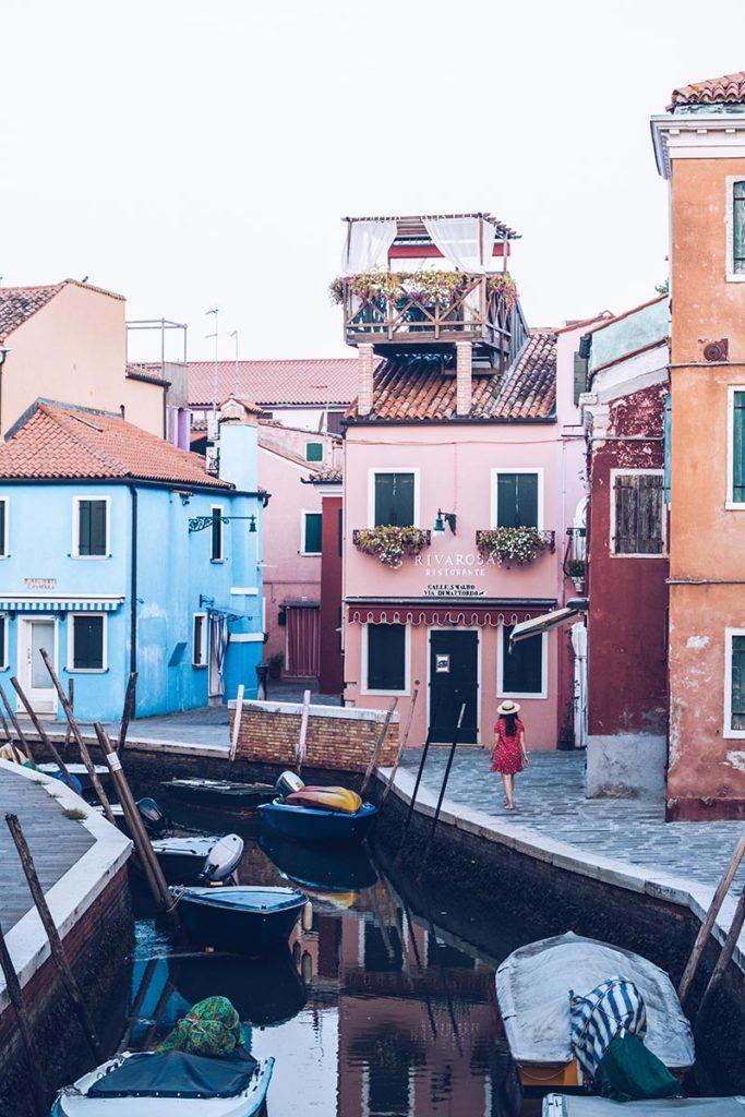 Refuse to hibernate Venise Burano Audrey dans les rues