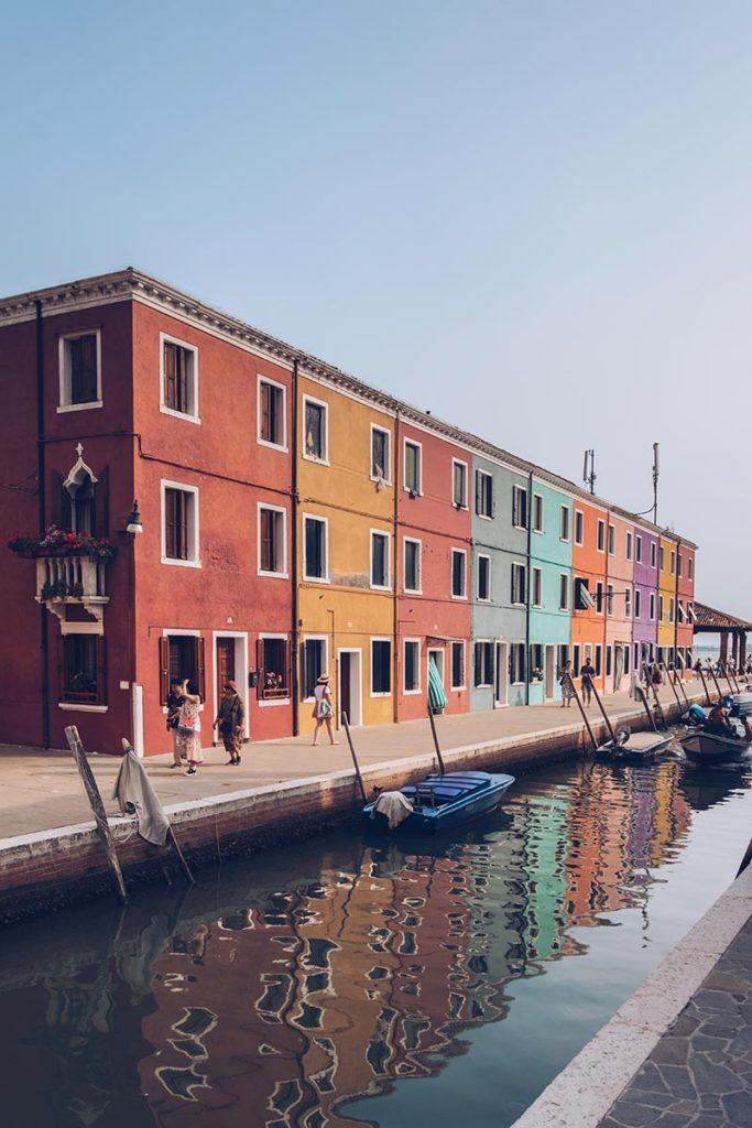 Refuse to hibernate Venise Burano maisons colorées