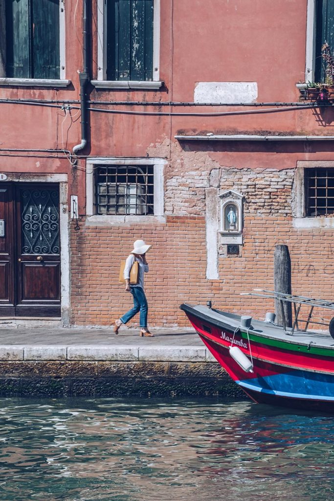 Refuse to hibernate Venise la dame au chapeau canal
