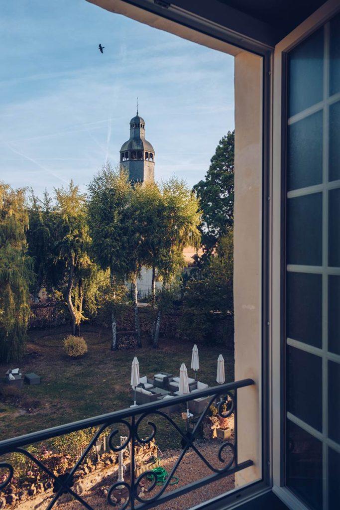 Eure-et-Loir Auberge de l'Abbaye vue chambre matin Refuse to hibernate