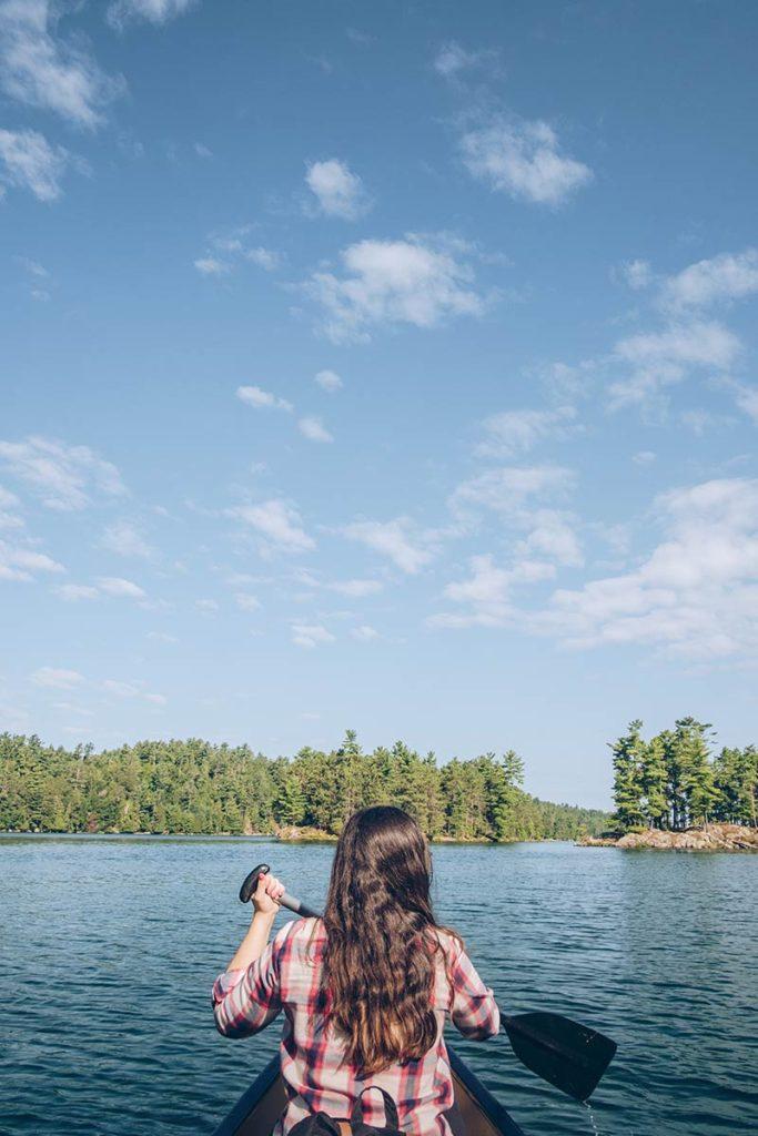 Refuse to hibernate Québec lac des 31 milles Audrey canoë