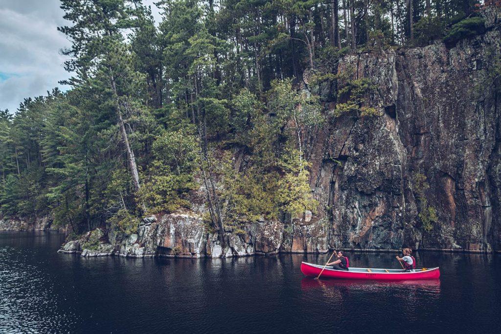 Refuse to hibernate Québec lac Kipawa en canoë