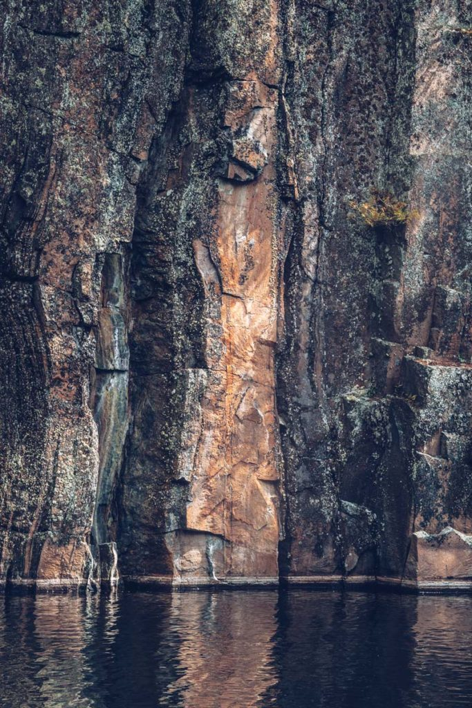 Refuse to hibernate Québec lac Kipawa roche