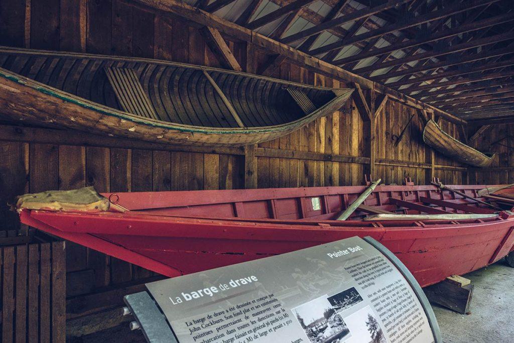 Refuse to hibernate Québec parc des Chutes Coulonge barge de drave