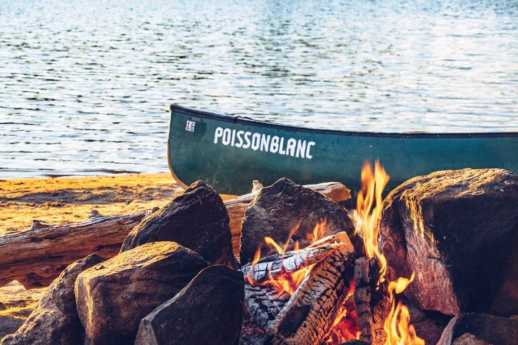 Refuse to hibernate Québec parc régional du Poisson Blanc feu