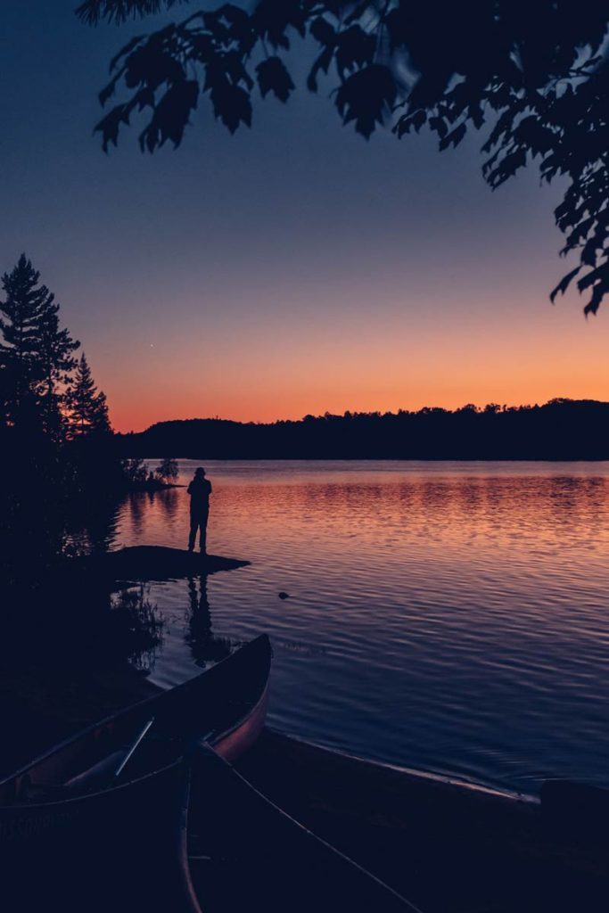 Refuse to hibernate Québec parc régional du Poisson Blanc sunset