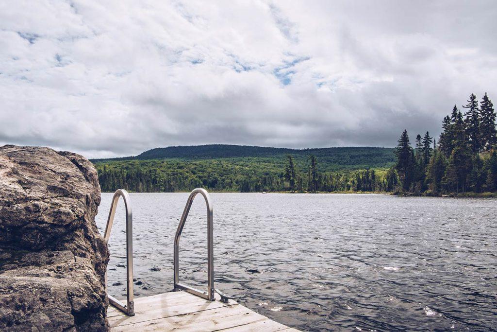 Refuse to hibernate Québec Parc régional Montagne du Diable lac