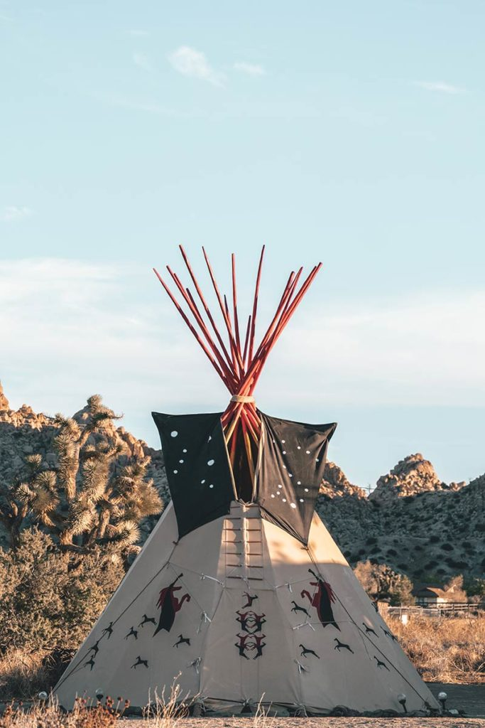 Pioneertown tipi Refuse to hibernate