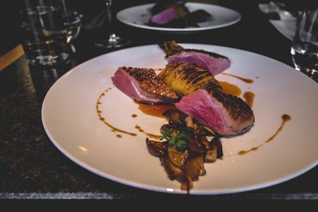 Chamonix Comptoir Nordique restaurant magret de canard Refuse to hibernate