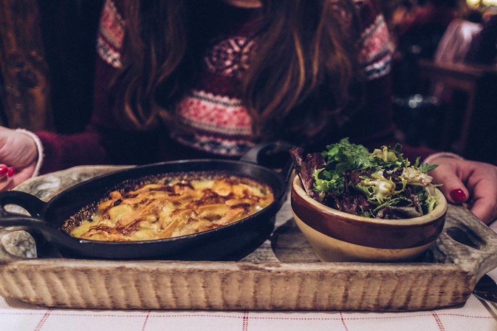 Chamonix restaurant la Calèche tartiflette Refuse to hibernate