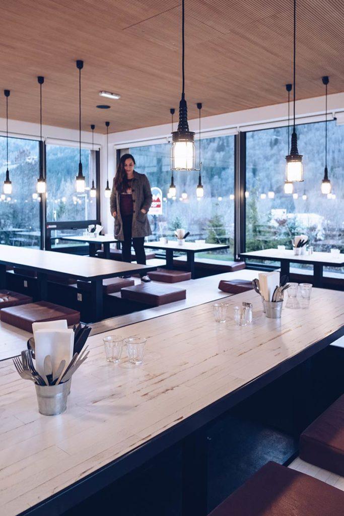 Chamonix RockyPop restaurant la banquise Refuse to hibernate