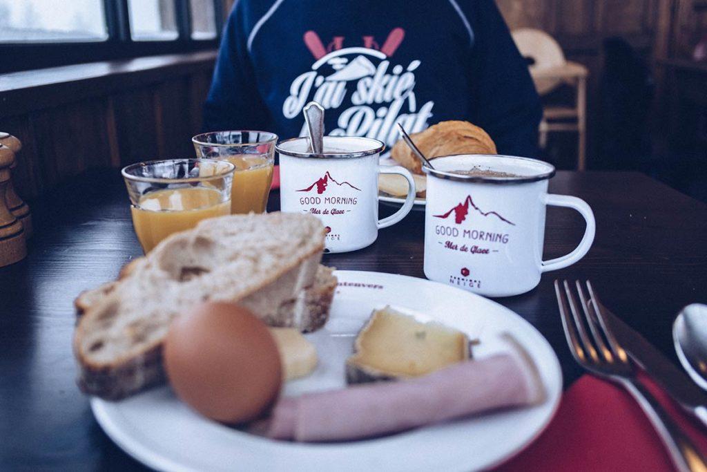 Chamonix Terminal Neige petit déjeuner refuse to hibernate