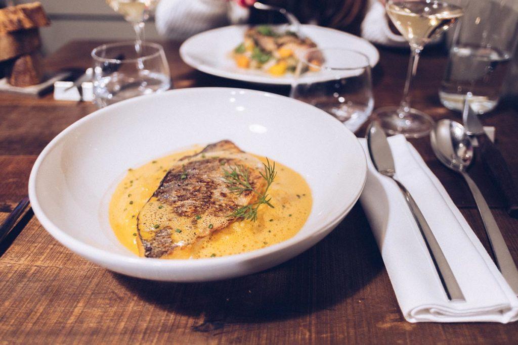 Fête des Lumières Aromatic restaurant plat Refuse to hibernate