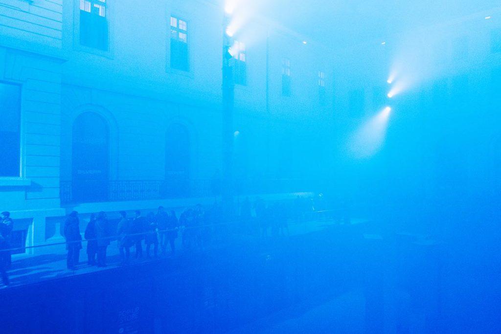 Fête des Lumières Grand Hôtel Dieu Réflexions bleu Refuse to hibernate