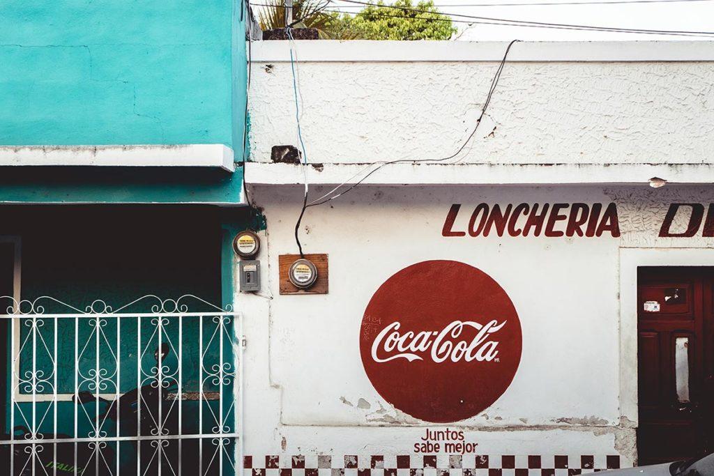Valladolid Coca Cola enseigne rue Refuse to hibernate