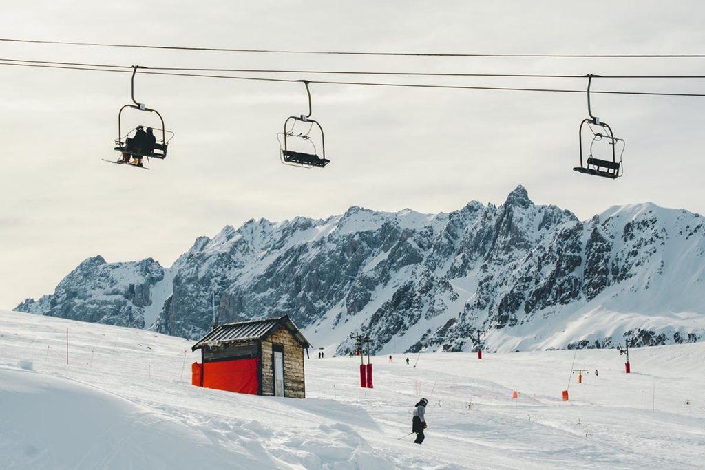 Valloire refuse to hibernate piste de ski