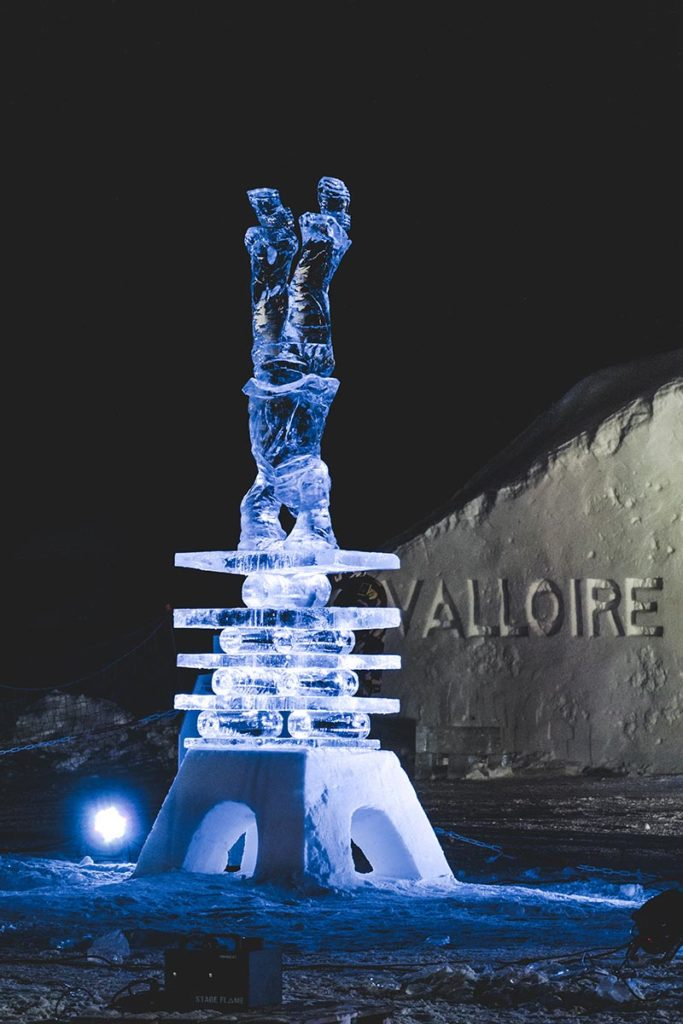 Valloire refuse to hibernate sculpture sur glace acrobate