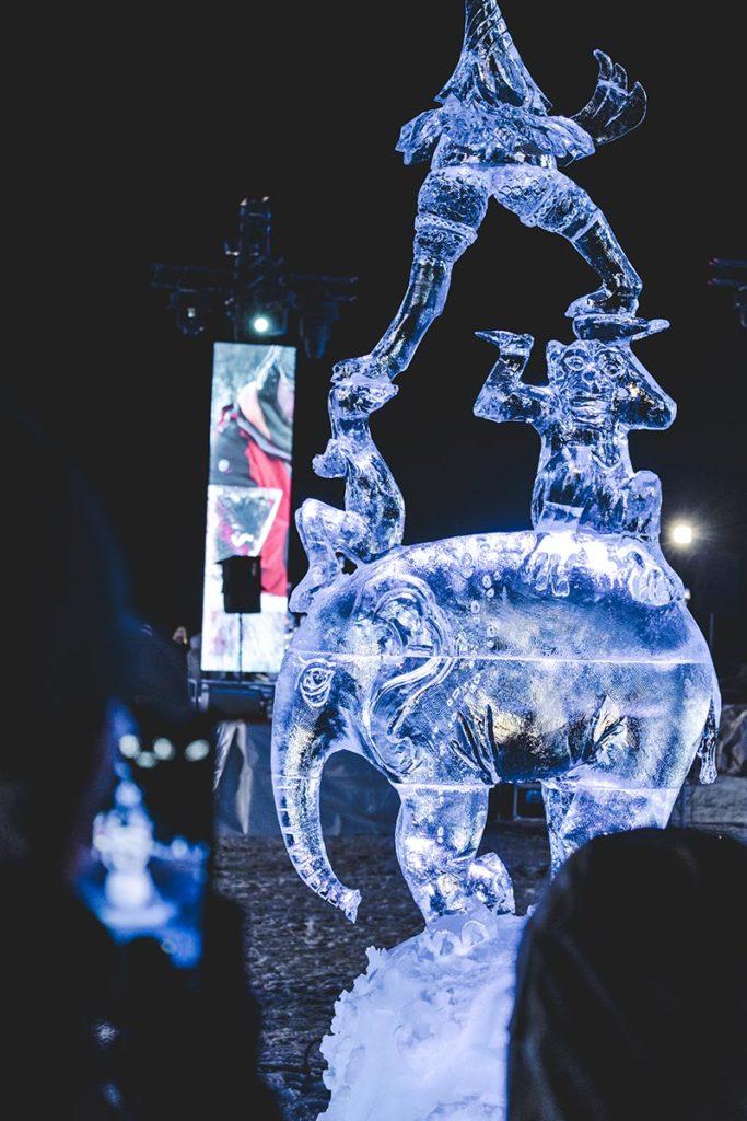 Valloire refuse to hibernate sculpture sur glace éléphant
