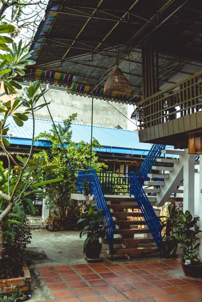 Cambodge Kratie Tonlé Guesthouse escalier Refuse to hibernate
