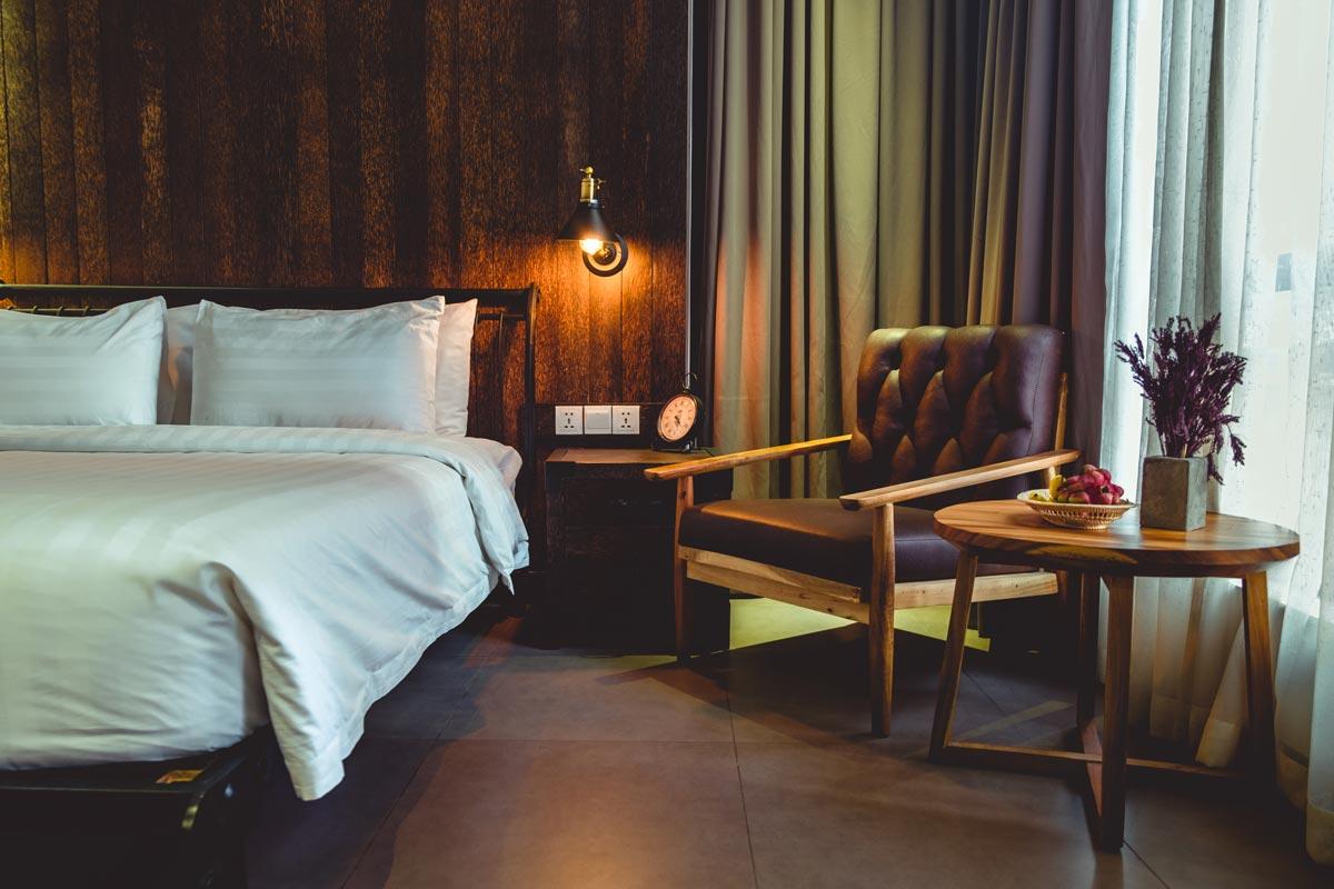 Cambodge Phnom Penh Eman Sim Boutique Hotel chambre Refuse to hibernate