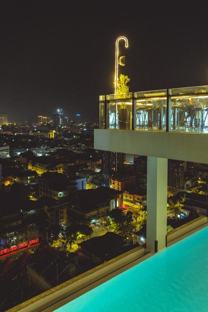 Cambodge Phnom Penh Eman Sim Boutique Hotel piscine Refuse to hibernate