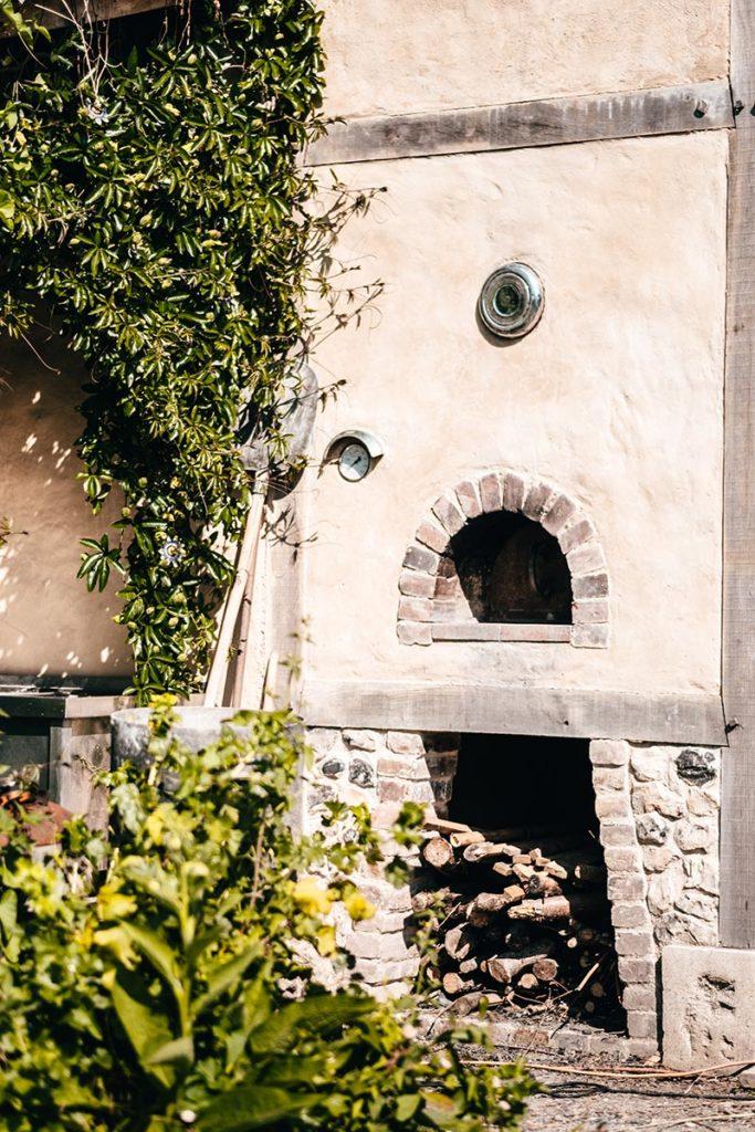 Eure Marais Vernier l'Escargotier four Refuse to hibernate