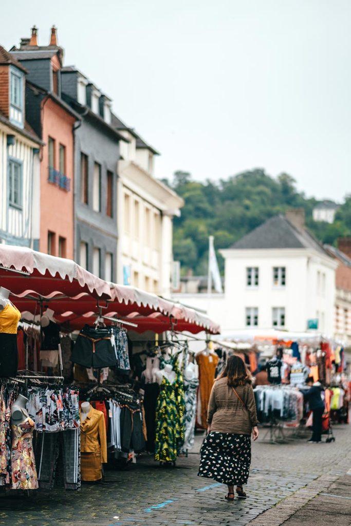 Eure Pont-Audemer marché Audrey Refuse to hibernate