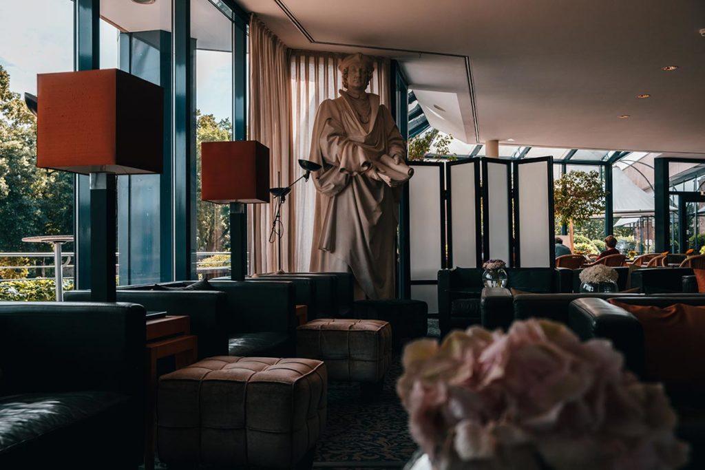 Pforzheim visiter Parkhotel hall entrée Refuse to hibernate