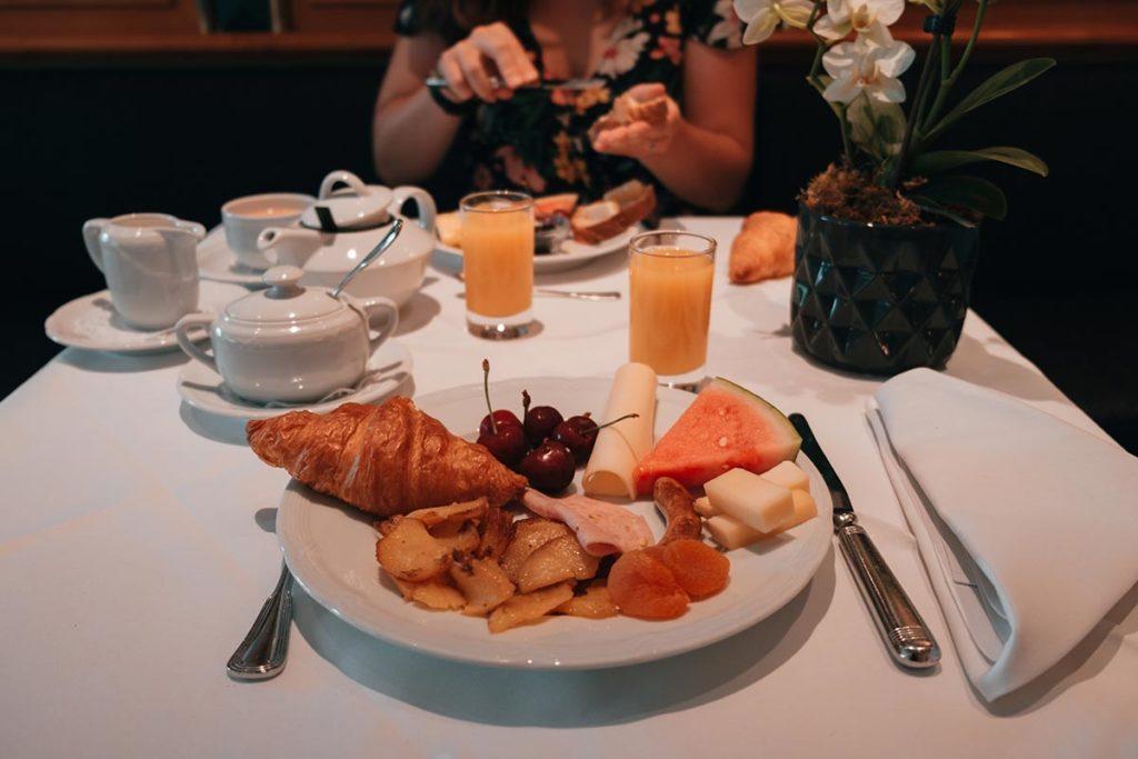 Pforzheim visiter Parkhotel petit-déjeuner Refuse to hibernate