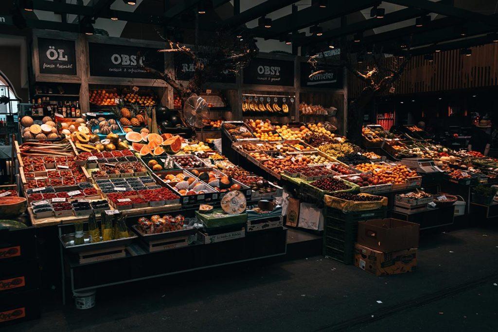 Stuttgart visiter en 1 jour Les Halles Markthalle fruits légumes Refuse to hibernate
