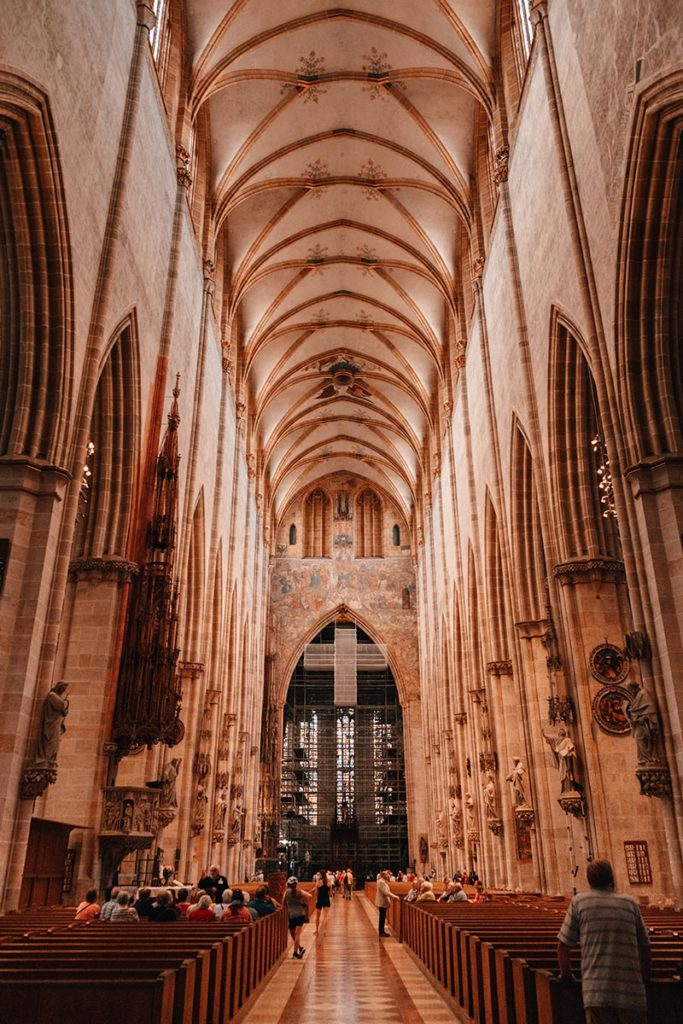 Ulm visiter en 2 jours Cathédrale intérieur Refuse to hibernate