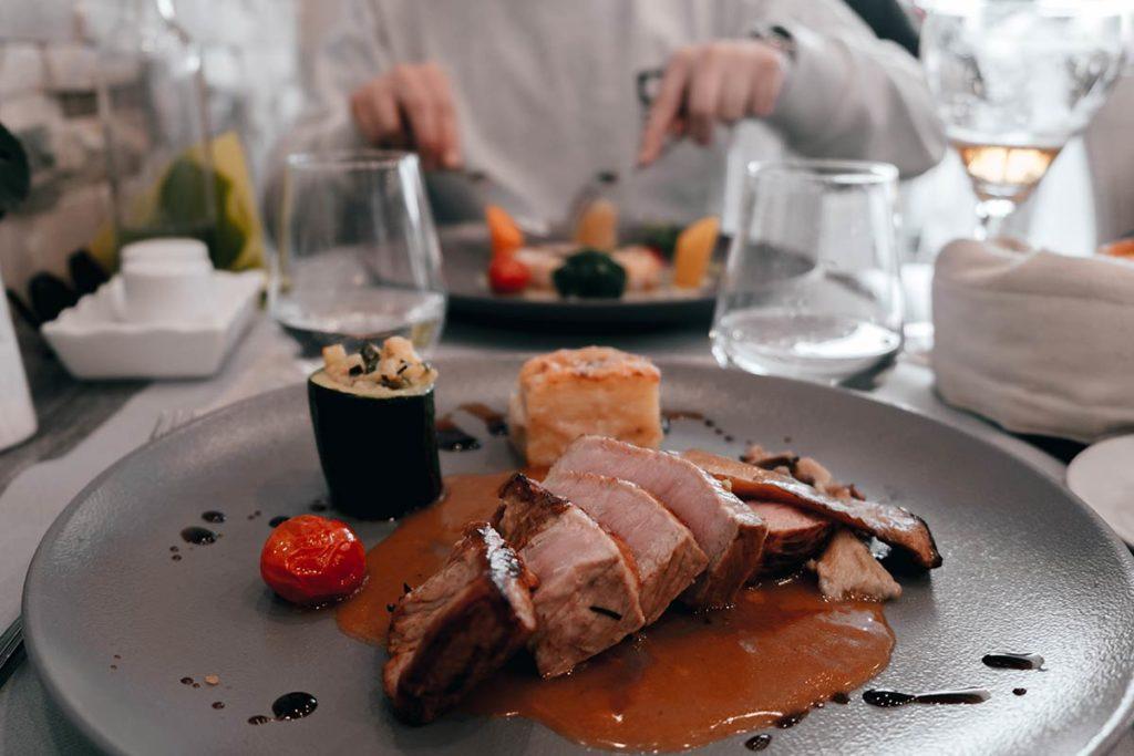 Baie de Somme Cayeux-sur-Mer restaurant Ba-Qua-Na pavé de noix de veau Refuse to hibernate