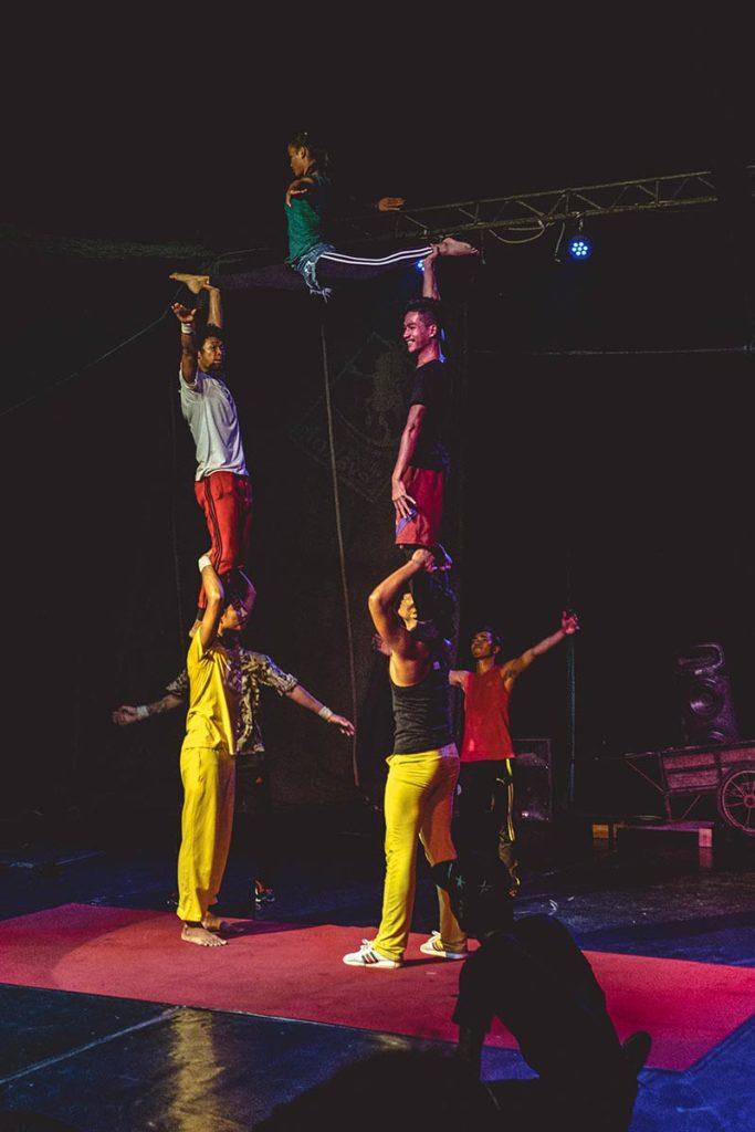 Battambang cirque Phare Ponleu Selpak Aerobic Refuse to hibernate