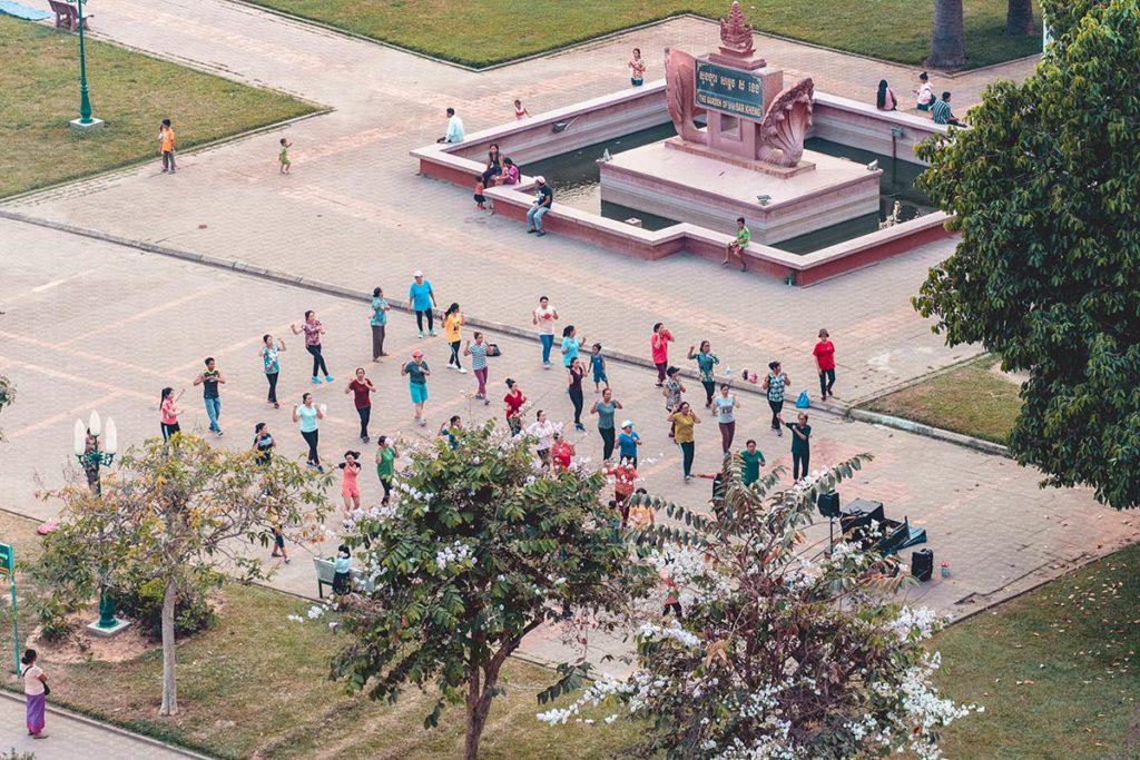Battambang Classy Hotel cours aerobic focus Refuse to hibernate