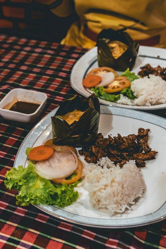 Battambang cours de cuisine Nary Kitchen amok au poisson boeuf Refuse to hibernate