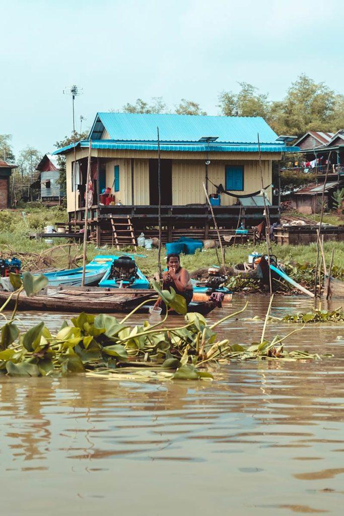 Battambang traversée du Tonlé Sap en bateau maisons flottantes Refuse to hibernate
