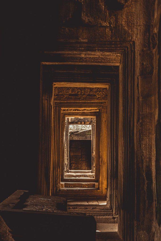 Bayon temples d'Angkor couloir Refuse to hibernate