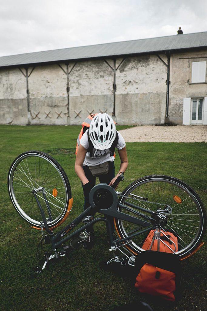 Hélène déraille Mad Jacques Vélo