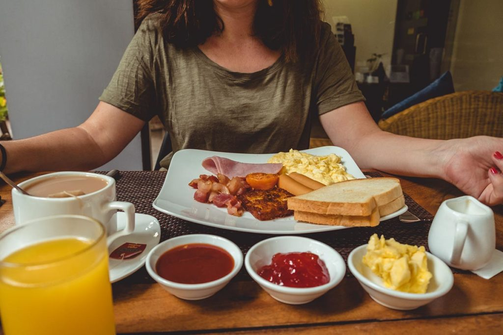Hotel Residence 101 petit-déjeuner anglais Siem Reap Refuse to hibernate