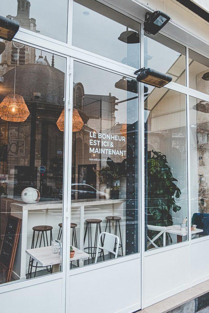 Maison Nomade restaurant façade Refuse to hibernate