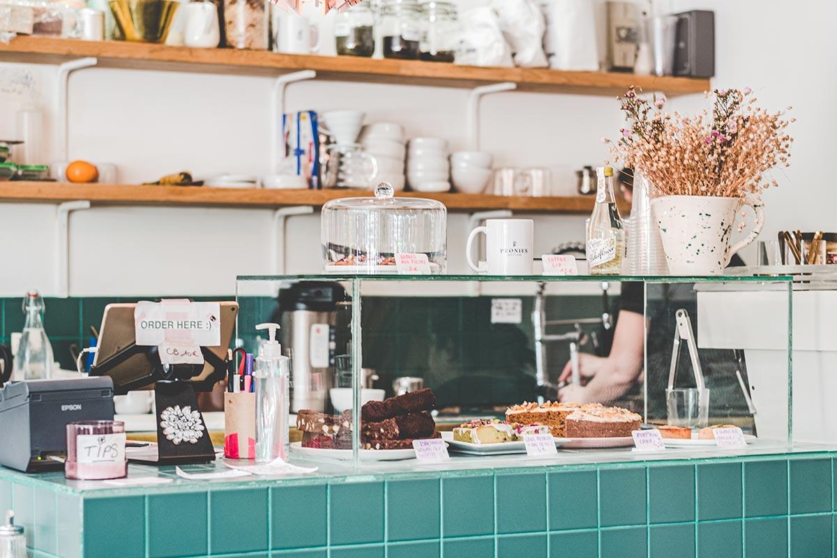 Peonies comptoir restaurant Refuse to hibernate