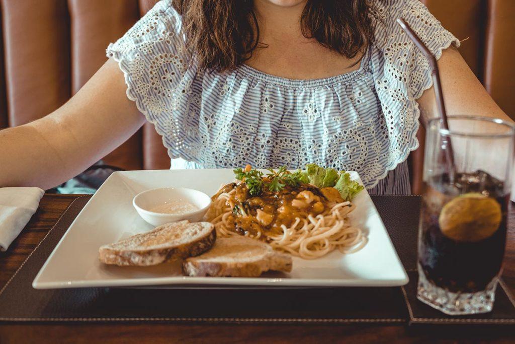 restaurant Menaka Siem Reap spaghettis Refuse to hibernate