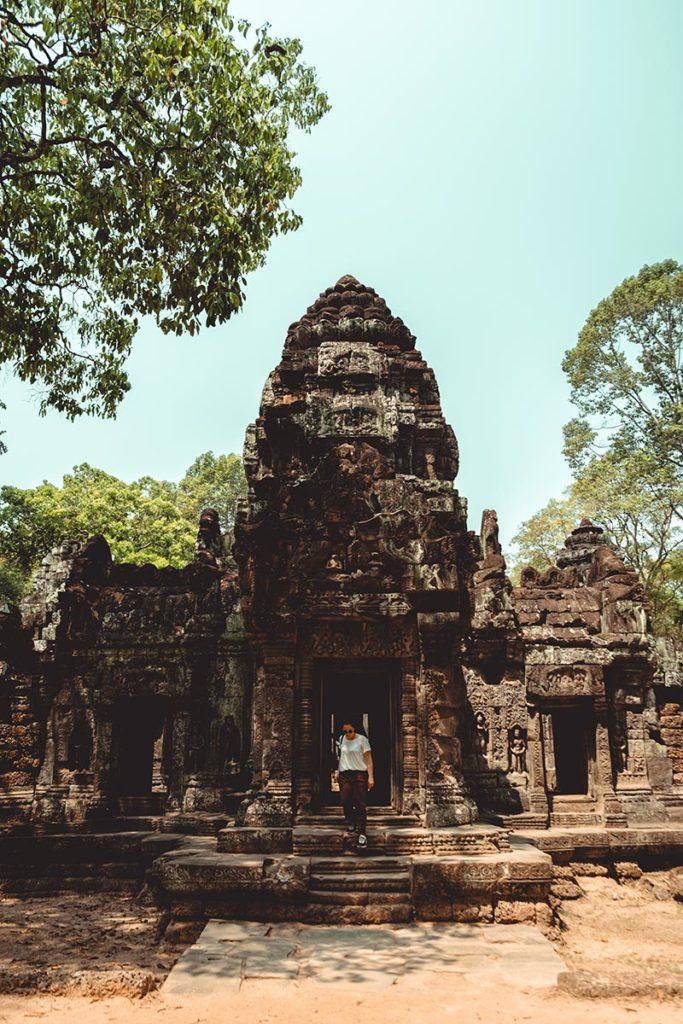 Ta Som temples d'Angkor entrée refuse to hibernate