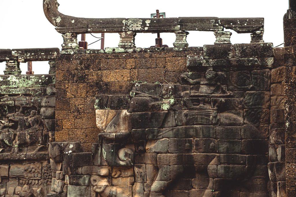 Terrasse des éléphants temples d'Angkor Refuse to hibernate