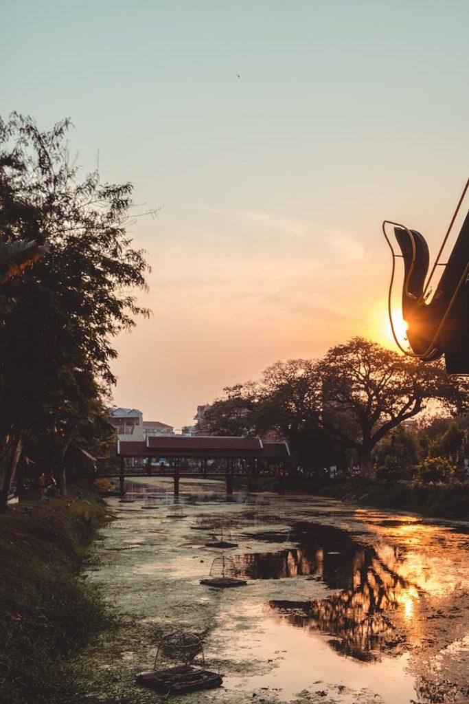 visite de Siem Reap coucher de soleil rivière Refuse to hibernate
