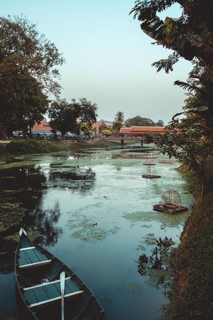 visite de Siem Reap rivière Refuse to hibernate