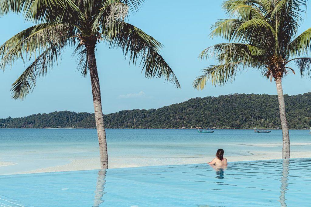 piscine hôtel The One Koh Rong Samloem Refuse to hibernate