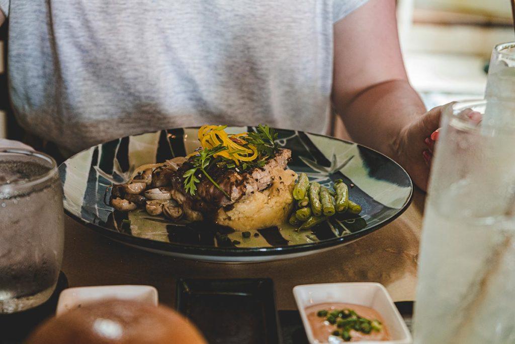 steak Atelier Kampot restaurant Refuse to hibernate
