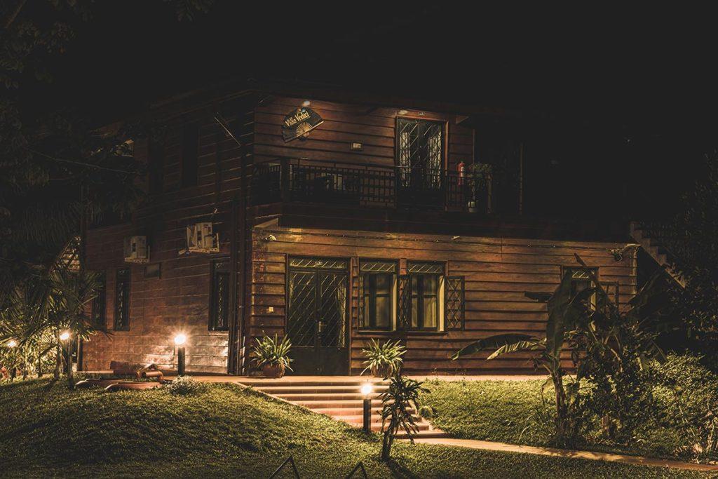 Villa Vedici maison bord du lac Kampot Refuse to hibernate