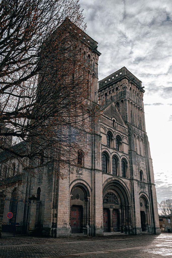 Abbaye aux dames Caen Refuse to hibernate